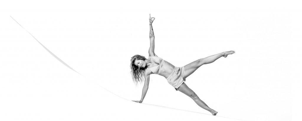 Vinyasa Hatha Yin Online Klasse Video Studio Gutschein rostock yoga mecklenburg vorpommern ostsee gesundheit coaching kurs yogakurs workshop handstand meditation bewusstsein yoga teacher training yogalehrer ausbildung weiterbildung sup schwangerschaft Yoga alliance